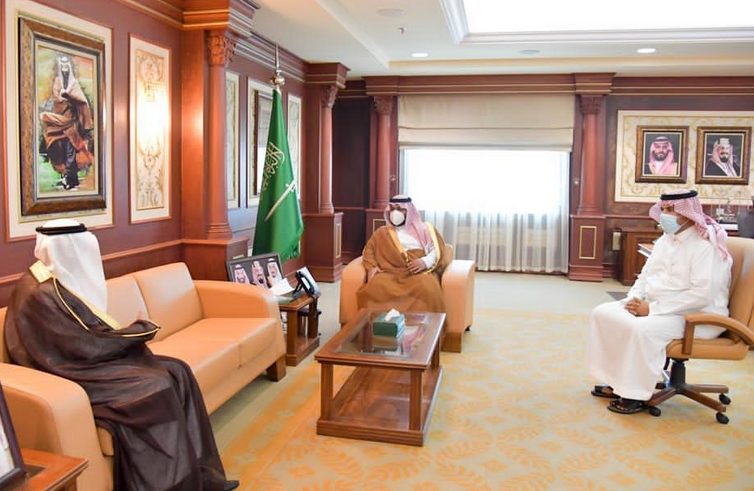 نائب أمير منطقة جازان يستقبل وفداً من رجال الأعمال بمنطقة مكة المكرمة ..