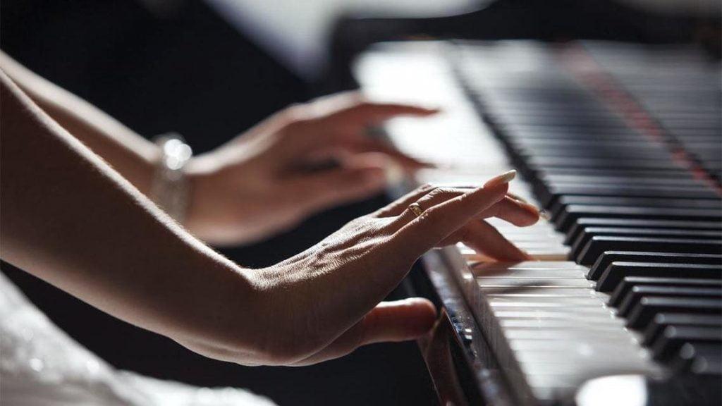 صدور أول رخصتين لتدريب الموسيقى في المملكة