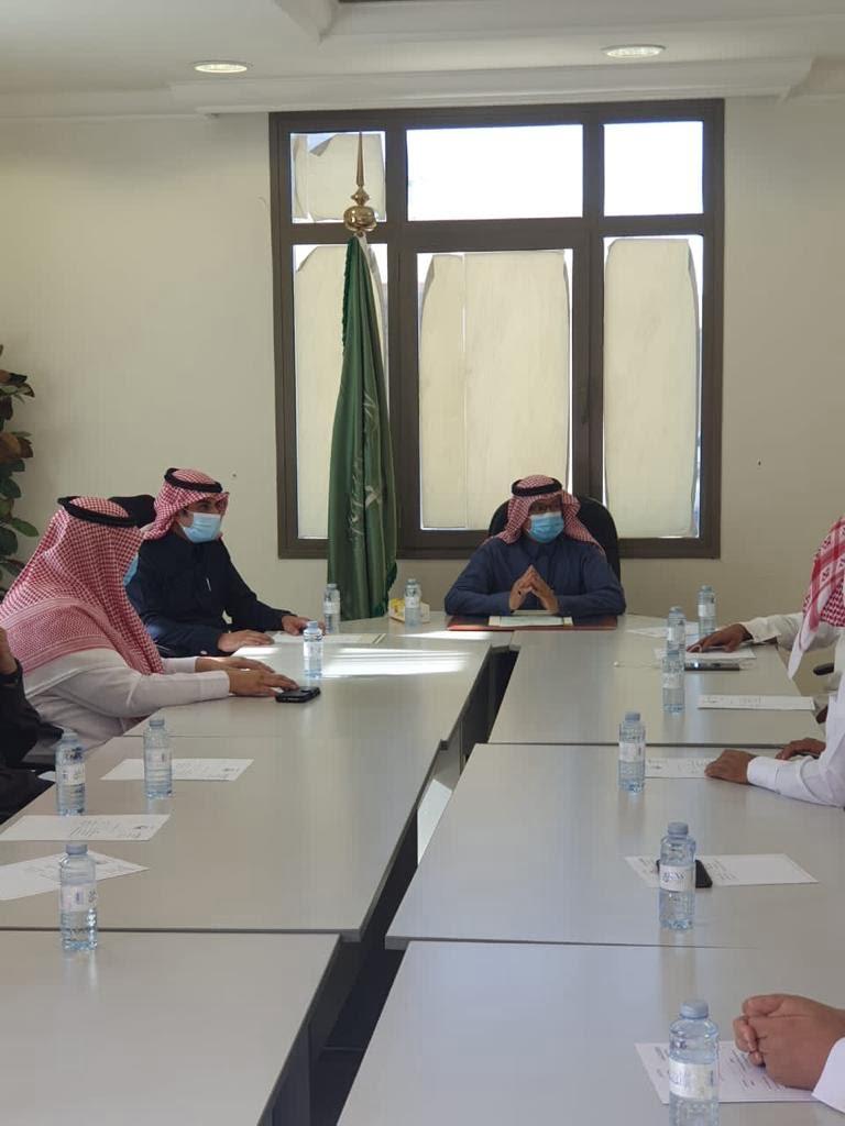 محافظ حقل يرأس اجتماع المجلس المحلي