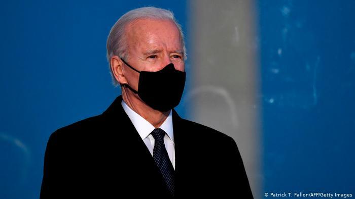 الرئيس الأميركي يوقّع عدداً من الأوامر التنفيذية لمحاربة كوفيد-19