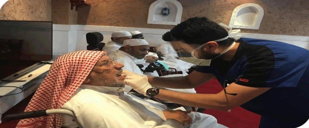 خلال 4 اشهر .. 300 تطعيم وفحص وقائي لتعزيز صحة مسني رعاية الرياض