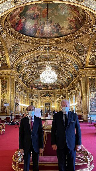 سفير المملكة لدى فرنسا يبحث تعزيز العلاقات مع رئيس لجنة الشؤون الخارجية والدفاع بمجلس الشيوخ