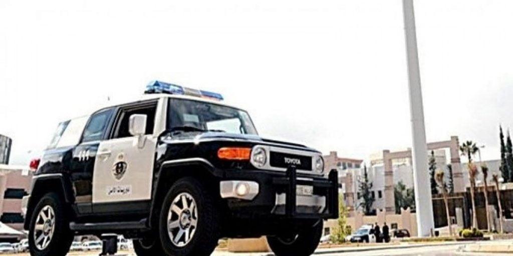 الرياض.. ضبط ٤ مخالفين لنظام الإقامة تورطوا بأعمال احتيال