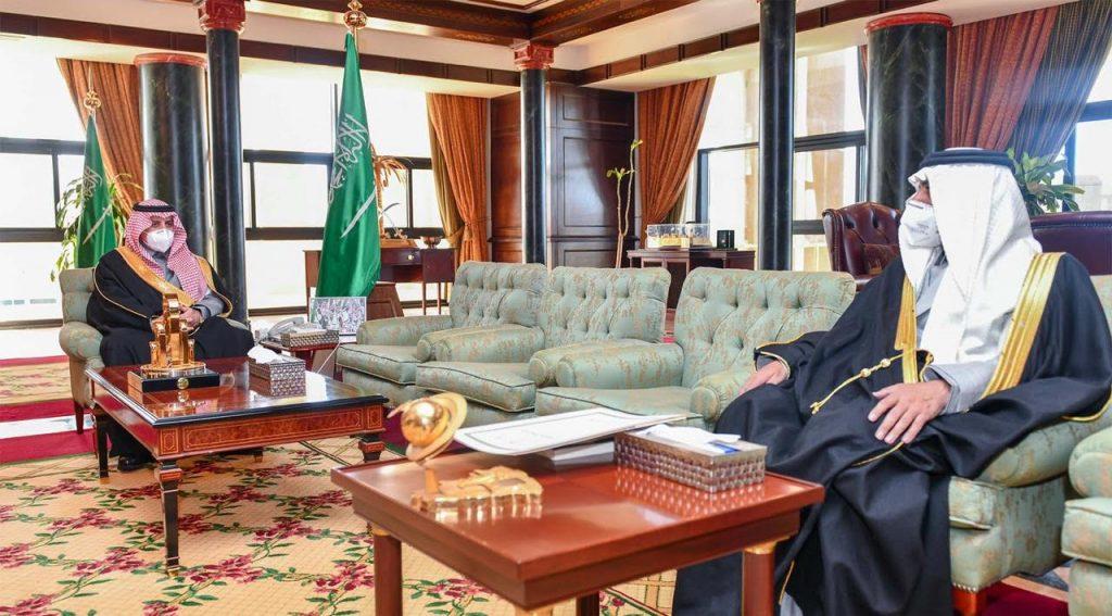 أمير تبوك يتابع تقارير بداية الفصل الدراسي الثاني في تعليم المنطقة