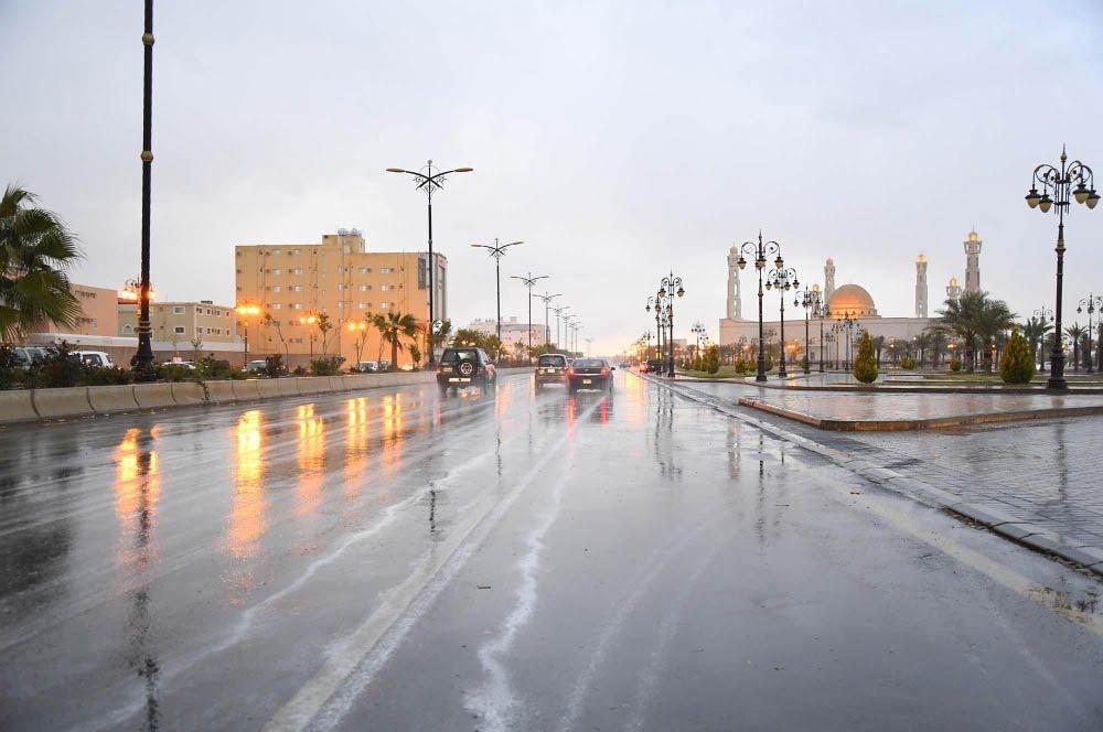 جازان تشهد أمطار رعدية حتى الـ 8 مساء
