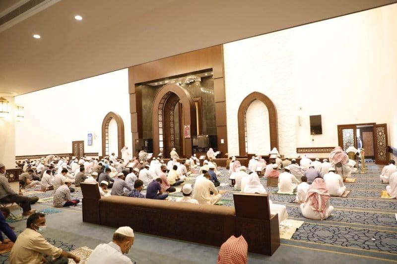 «الإسلامية»: إغلاق 10 مساجد لثبوت 12 إصابة بـ«كورونا» بين المصلين