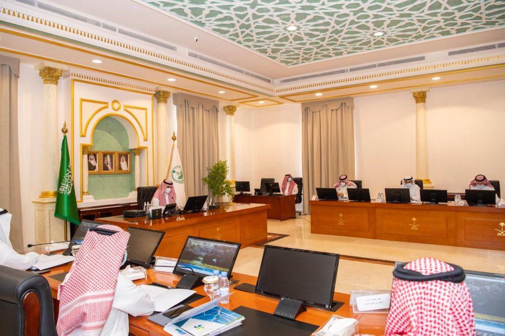 أمير الجوف يرأس الاجتماع الأول لمجلس إدارة جمعية الجوف للطاقة المتجددة