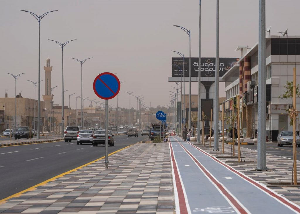 أمانة الجوف تنهي إعادة تأهيل طريق الأمير نواف بن عبدالعزيز في سكاكا