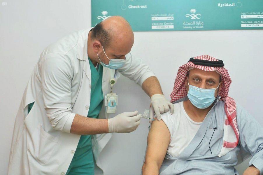 مراكز لقاحات كورونا بالعاصمة المقدسة تواصل إعطاء اللقاح للمسجلين عبر تطبيق صحتي من المواطنين والمقيمين