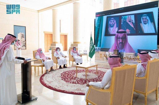 """أمير منطقة الباحة يدشّن مبادرة """"كُن ريادياً"""" بمحافظة العقيق"""