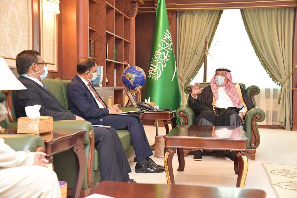 أمير منطقة جازان يستقبل سفير بنغلاديش لدى المملكة