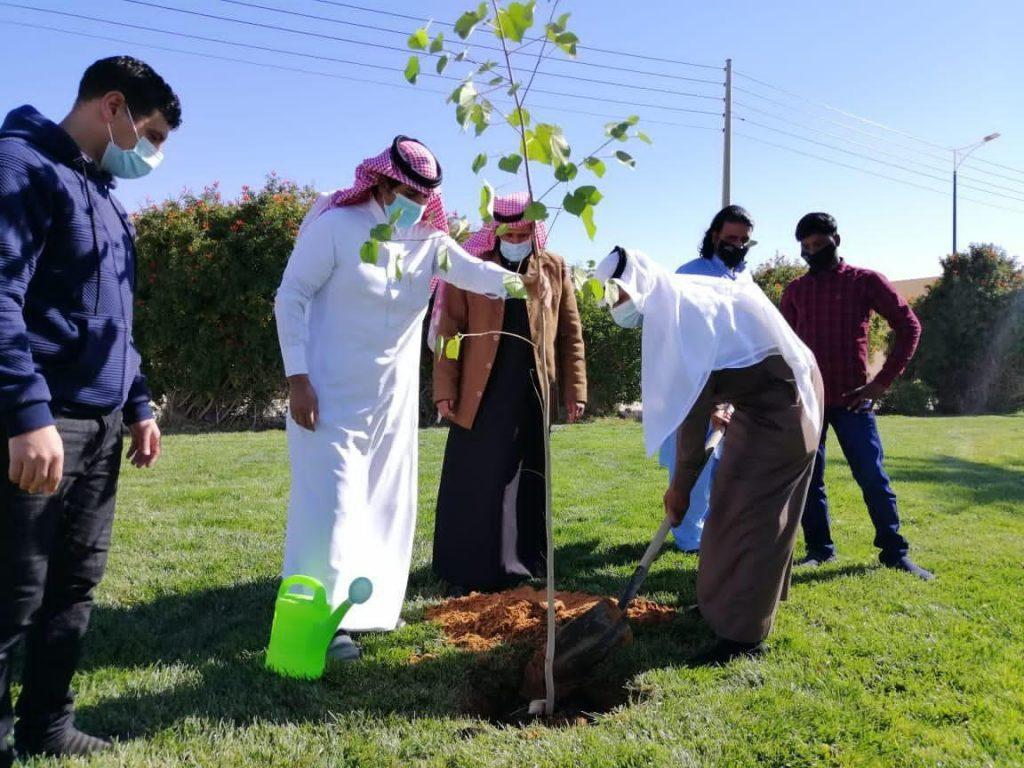 """أمانة الجوف وبلدياتها تطلق الموسم الرابع لمبادرة """"الجوف واحة خضراء"""""""