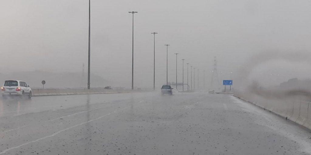 الأرصاد: أمطار رعدية ورياح نشطة على مكة المكرمة
