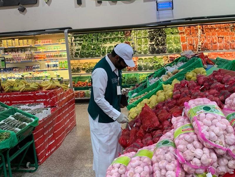 أمانة جازان تكثف جولاتها الرقابية بمحافظة ضمد استعدادًا لشهر رمضان