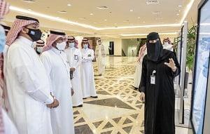 أمير القصيم يسلم وحدات سكنية ويشهد توقيع اتفاقيات لتنفيذ مشاريع إسكانية