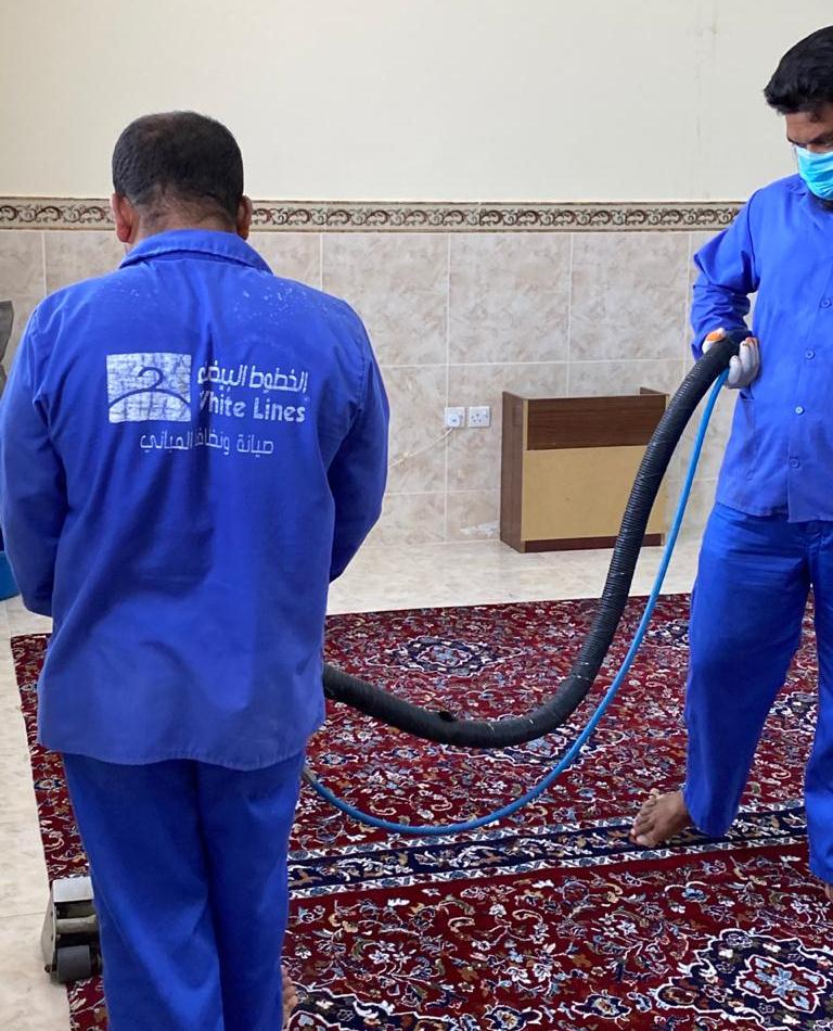 غرفة حفرالباطن وإدارة المساجد تتعاونان لتعقيم جوامع المحافظة