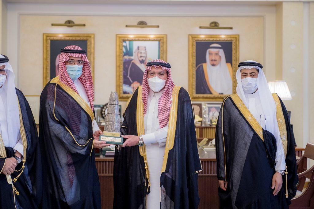 الأمير فيصل بن مشعل يشهد توقيع مذكرة تفاهم لرفع نسبة المستثمرين في القطاع الصناعي بمنطقة القصيم