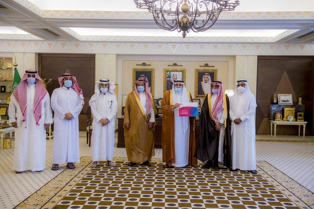 أمير القصيم يطلع على دراسة الجدوى الاقتصادية لمشروع مستشفى أمراض الكبد ببريدة