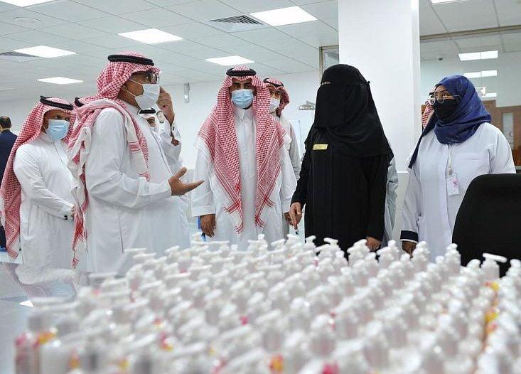 """أرامكو السعودية تدشن مصنع الورد الطائفي """"روزيار """" الطائف"""