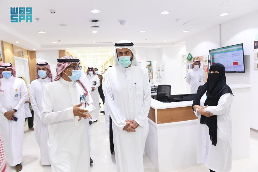 وزير الصحة يدشن مشروع تحسين وتطوير مركزي الأورام والقلب بمنطقة تبوك