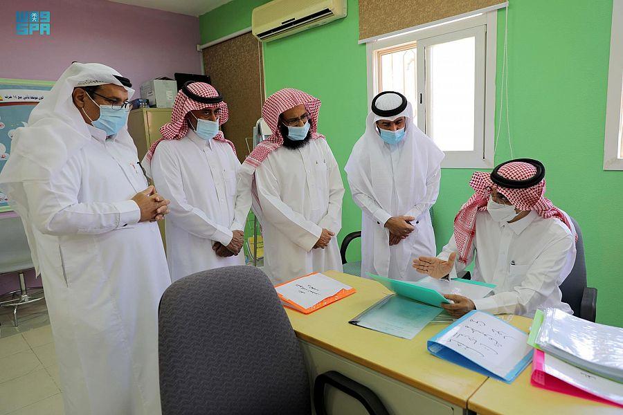 32 ألف طالب وطالبة من مدارس تعليم الجوف الابتدائية يؤدون الاختبارات