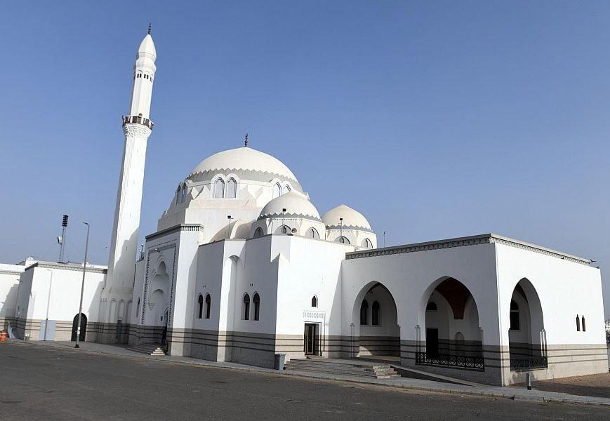 """"""" مسجد الجمعة"""".. موضع أول صلاة جمعة بعد الهجرة النبوية"""