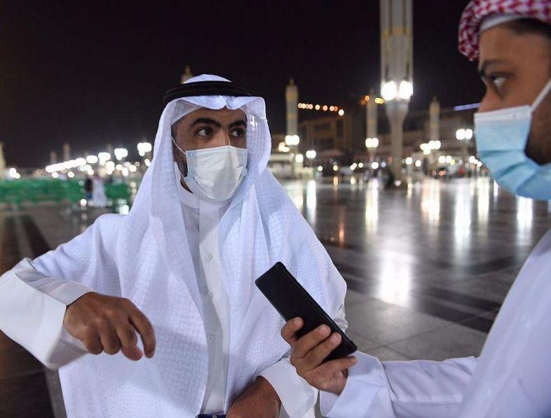 عدد من قاصدي المسجد النبوي يُثنون على الإجراءات الاحترازية المعمول بها