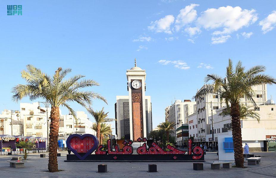 """""""واجهة قباء"""" بالمدينة المنورة .. أهم وجهات التسوق في شهر رمضان"""