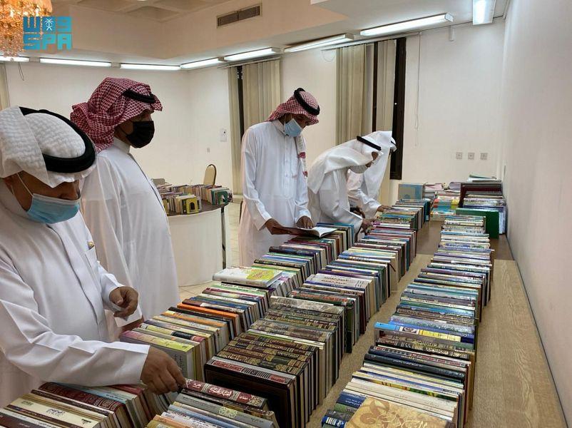 """أدبي الرياض يفتتح معرض الكتاب الخيري الـ """" 14 """""""