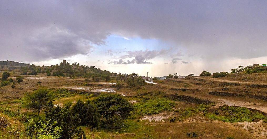 أمطار غزيرة إلى متوسطة على منطقة الباحة