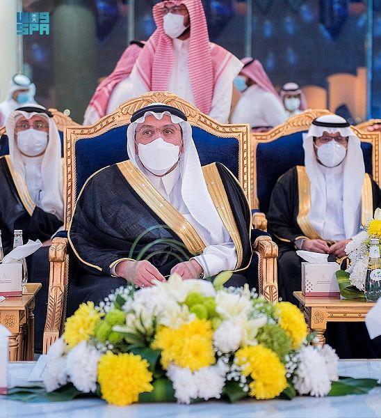 أمير القصيم يرعى حفل تخريج الدفعة الـ12 من خريجي جامعة المستقبل