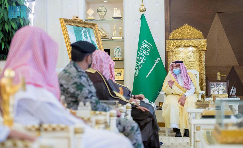أمير القصيم يشهد توقيع اتفاقية لإثراء وتطوير حلقات تحفيظ القرآن الكريم بالسجون