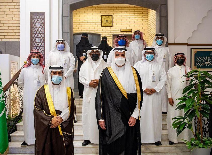 الأمير فيصل بن سلمان يُدشِّن عدداً من مشاريع ومبادرات مركز بحوث ودراسات المدينة المنورة