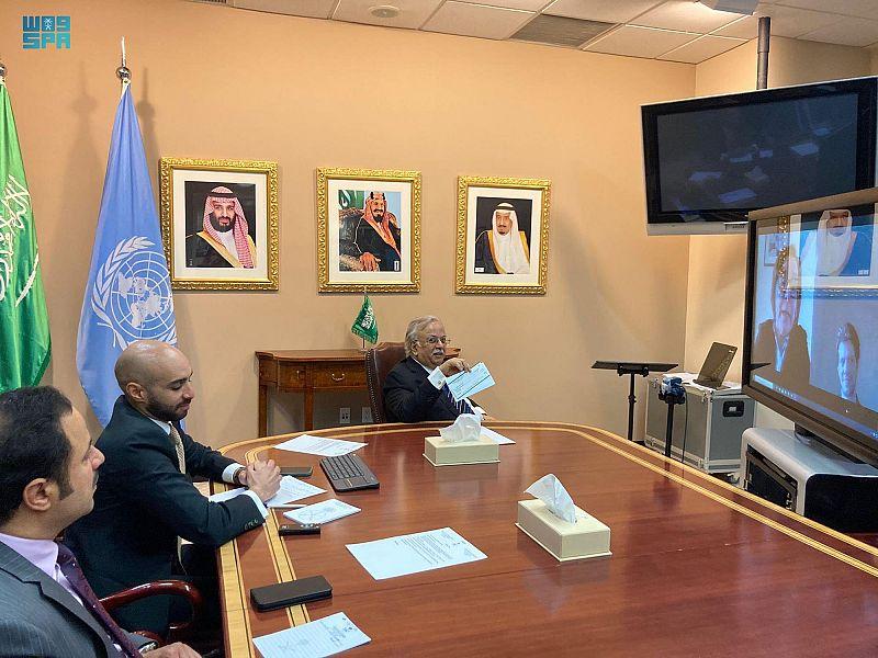 السفير المعلمي يسلم مليون دولار مساهمة المملكة للصندوق الطوعي للآلية الدولية المحايدة والمستقلة المعنية بسوريا