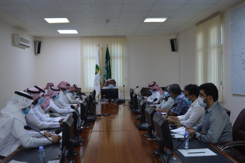 آل عطيف يستقبل فريق استشاري و خبراء من منظمة الأغذية والزراعة في الأمم المتحدة FAO
