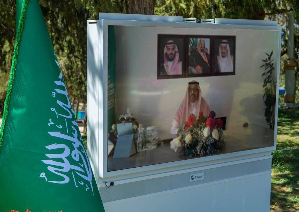 """أمير الباحة يطلق حملة """"بأيدينا الباحة أجمل"""""""