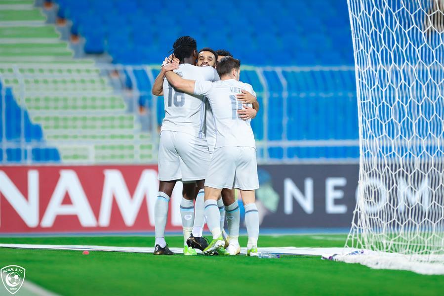 الهلال يتخطى شباب الأهلي بثنائية ويتصدر مجموعته في دوري أبطال آسيا