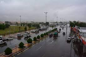 أمطار على محافظة محايل عسير