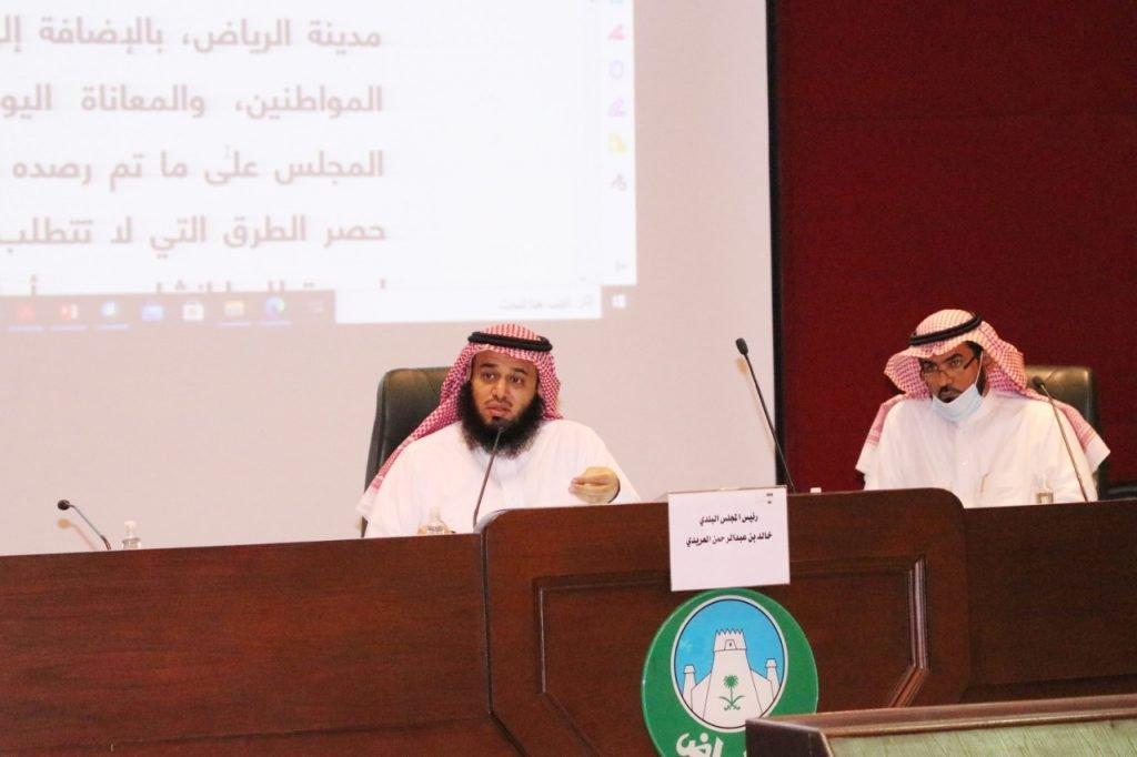 4 أشهر لمعالجة 10 مداخل وتحسين 55 طريقًا في أحياء الرياض