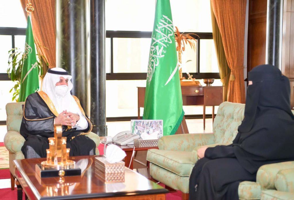 أمير منطقة تبوك يستقبل عضو مجلس الشورى الدكتورة أميرة البلوي