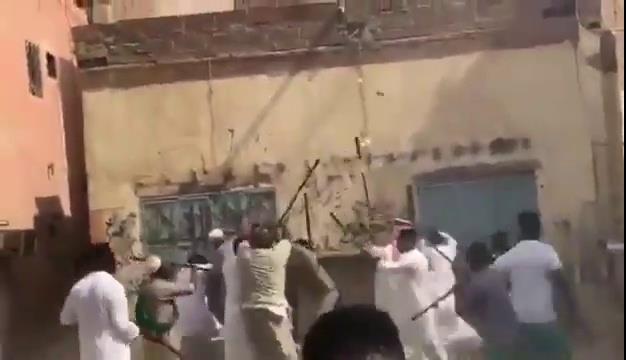 فيديو.. الإطاحة بأطراف مضاربة رقصة المزمار في جدة وإحالتهم للنيابة