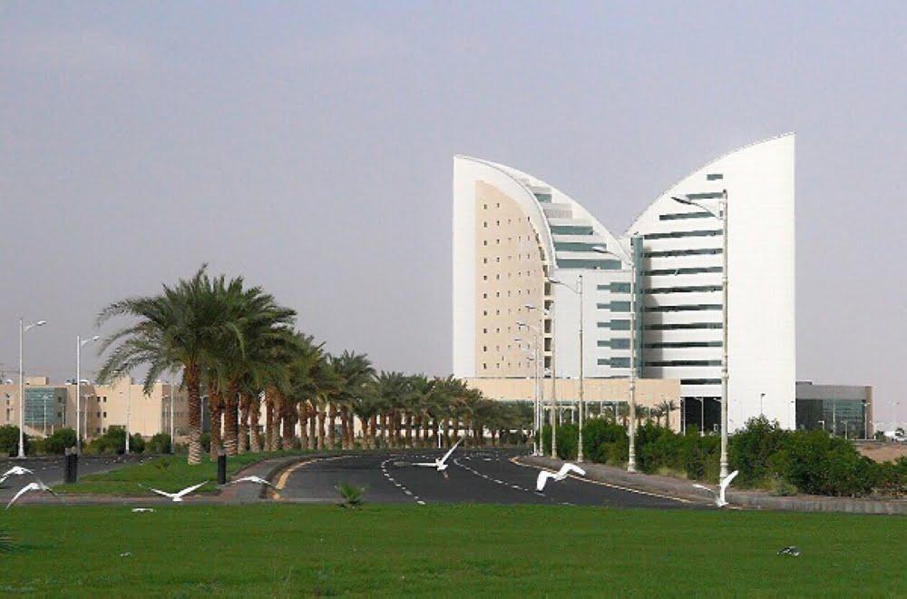 جامعة نجران تُصدر تقريرها الإحصائي للاختبارات الحضورية والإلكترونية للفصل الثاني لعام 1442هـ