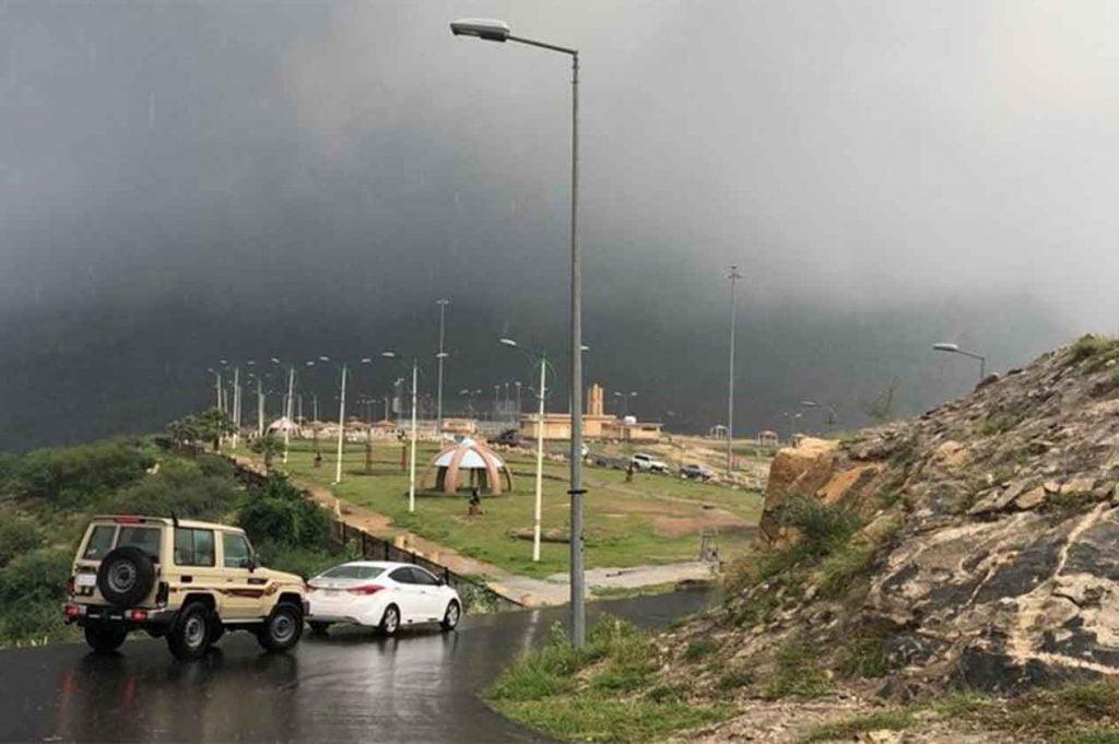 """""""الأرصاد"""" : أمطار رعدية إلى غزيرة على منطقة جازان"""