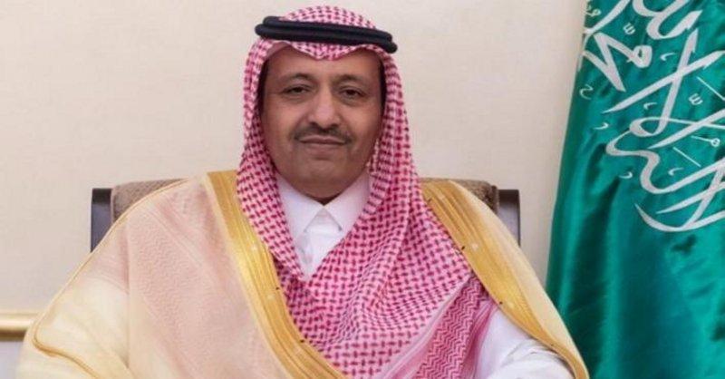 """أمير الباحة يتكفل بعلاج الطفل """"حافظ"""" بعد أن أعلنت عنه جمعية الأطفال ذوي الإعاقة"""