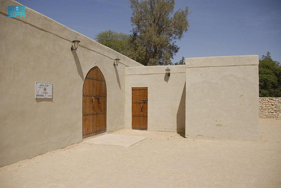 مسجد جواثا التاريخي .. ثاني مسجد في الإسلام تُقام فيه صلاة الجمعة