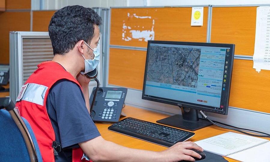 الهلال الأحمر بتبوك يستقبل ويعالج أكثر من 6 آلاف نداء استغاثة