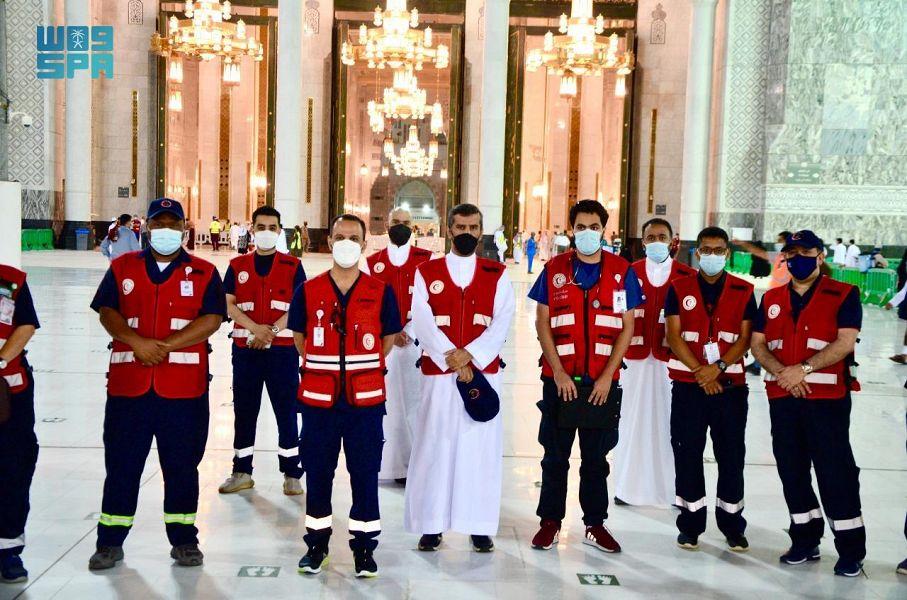 رئيس الهلال الأحمر يتفقد المراكز الإسعافية في المسجد الحرام