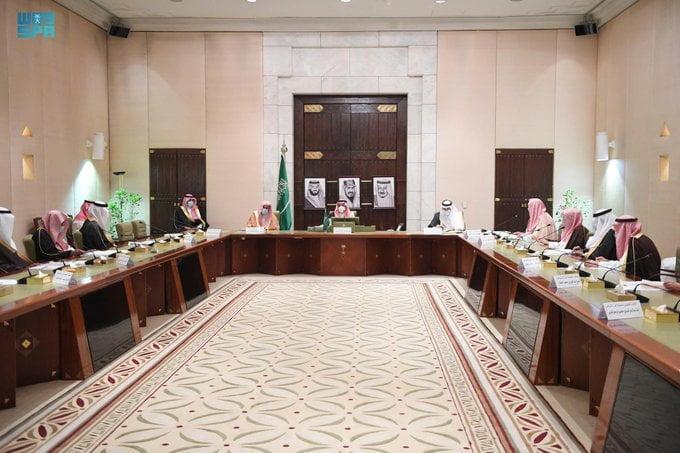 الأمير فيصل بن بندر يرأس اجتماع جمعية البر الـ 34