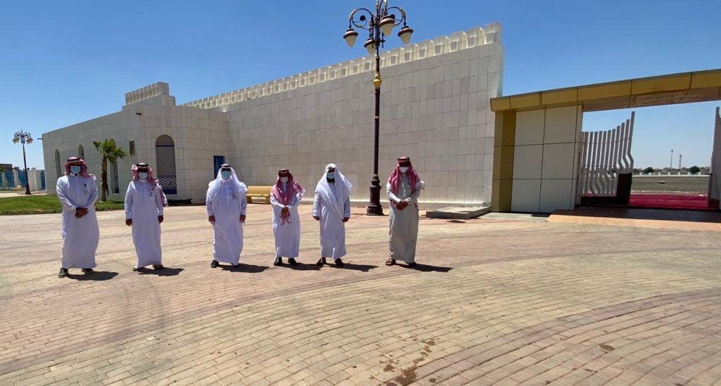 أمين منطقة تبوك ومدير عام الشئون الإسلامية يتفقدان مصلى العيد وممر المشاة المحيط بالمصلى