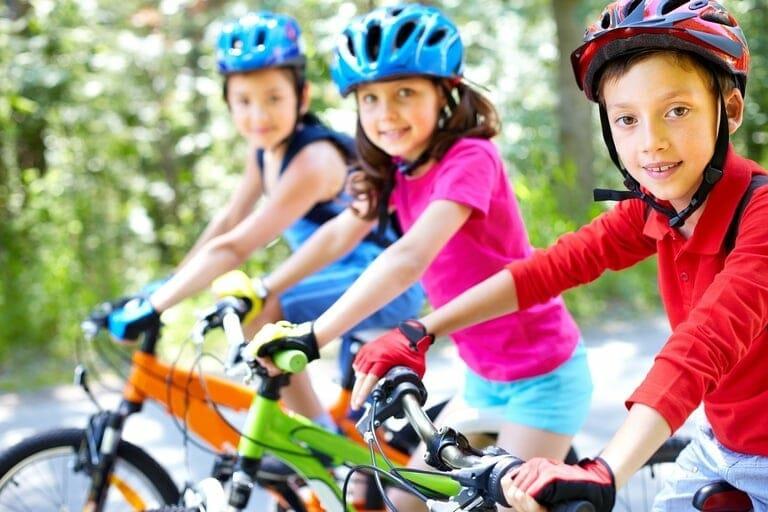 """""""النيابة العامة"""": لا يجوز تأجير الدراجات للأطفال تحت 12 سنة"""